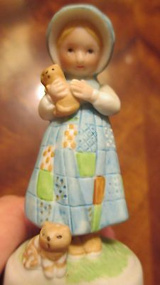Holly Hobbie Porcelain Girl with Kittens BELL.  It's in EXCELLENT condition