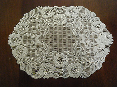 """Heritage Lace Floral Trellis Placemat White (14"""" x 20"""") """"BRAND NEW"""""""