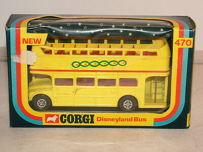 Corgi No 470 Disneyland routemaster bus VNMB