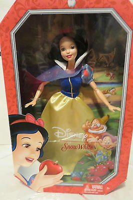 """2013 Disney SNOW WHITE Signature Collection 11"""" Doll New in Unopened Box MINT"""