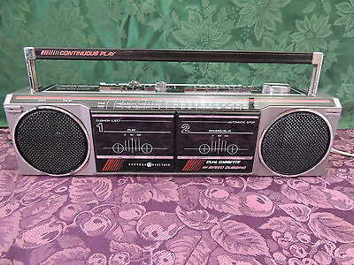 Vintage General Electric GE AM FM Stereo Boombox Cassette Player Model 3-5631A