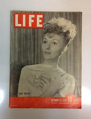 LIFE MAGAZINE -October 25, 1943 -Mary Martin on cover -Great Vintage Ads!