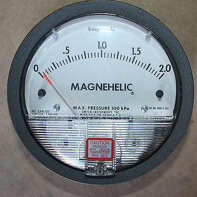 DWYER MAGNEHELIC GAGE DIFFERENTIAL PRESSURE GAUGE MAX 100kPa
