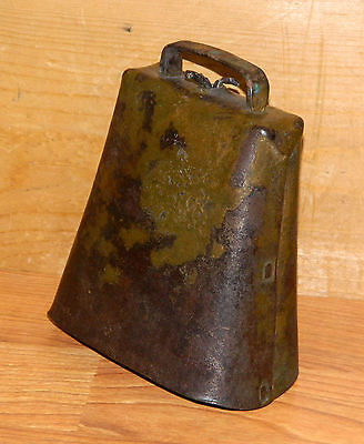 Vintage Large RUSTIC COW BELL Cowbell Hand Made Nice Patina LISTEN!