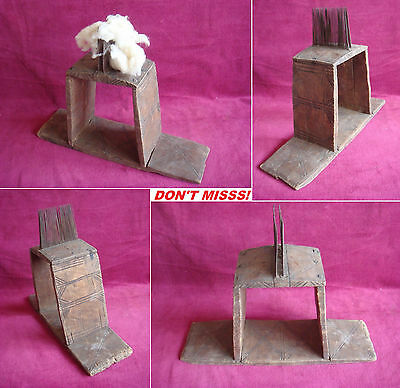 19th Century Antique Prrimitive Hand Carved & Decorated Large Flax Wool Carder 2