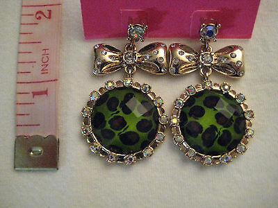 Betsey Johnson Green Leopard Print and Bow Drop Earrings NWT $35 *Authentic*