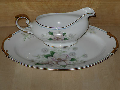 """VINTAGE GRACE CHINA ROCHELLE 12"""" OVAL PLATE AND GRAVY BOAT OCCUPIED JAPAN"""