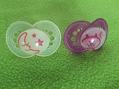 Set of 2 Glow In The Dark Girls Mam Pacifiers 6 months +
