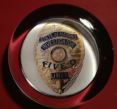 STATE OF HAWAII `INVESTIGATOR` FIVE-0 UNIT `BADGE`  70mm  GLASS PAPERWEIGHT