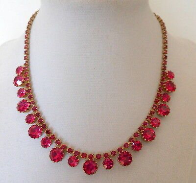 Stunning Vintage Hot Pink Prong Set Rhinestone & Gold Tone Necklace