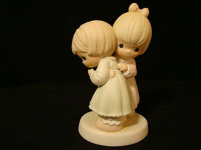 Precious Moments-That's What Girlfriends Are For (Hugging)