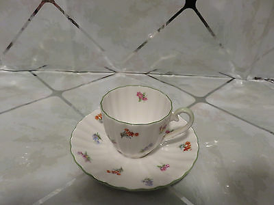 Royal Tuscan Fine Bone China Spring Flowers Scalloped Edge Teacup & Saucer MINT