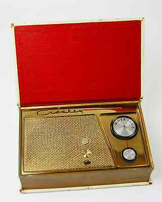 "Crosley JM-8WE ""Treasure Island""  Hybrid: 2Tube/2Transisteor Book Radio, 1955"