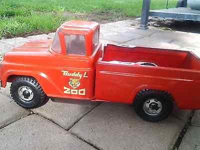 Vintage  Buddy L Zoo Ford Pick-Up Truck