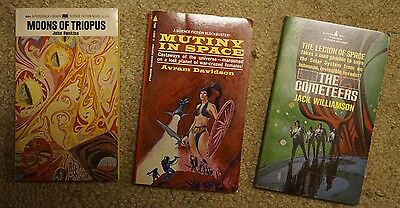Lot of 3 collectible vintage Sci Fi paperbacks from the 1960s