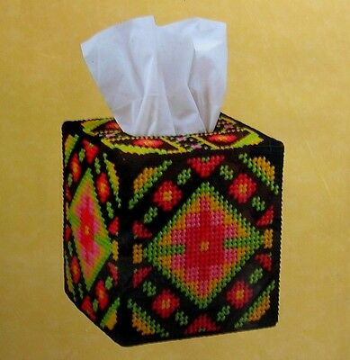 """Craftways Plastic Canvas Kit """"Bright Morning"""" Tissue Box Cover: Floral on Black"""