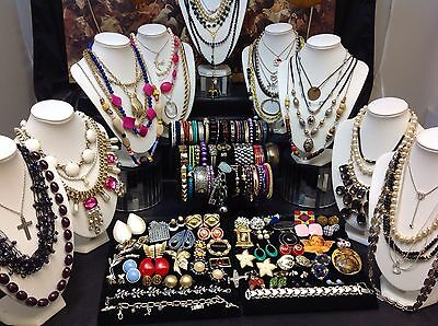 HUGE 100+ Pc. LOT OF VINTAGE to NOW COSTUME JEWELRY NECKLACES,BRACELETS..(#E95)