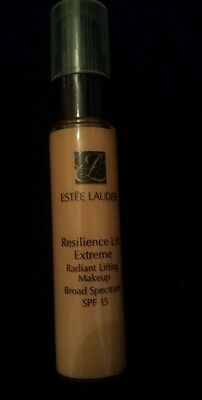 Estee Lauder Resilience Lift Extreme Radiant Lifting Makeup 3W1 Cashew