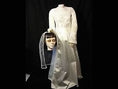 BEHEADED BRIDE ANIMATED LIFE SIZE PROP!  GEMMY! RARE! SOLD OUT!!!