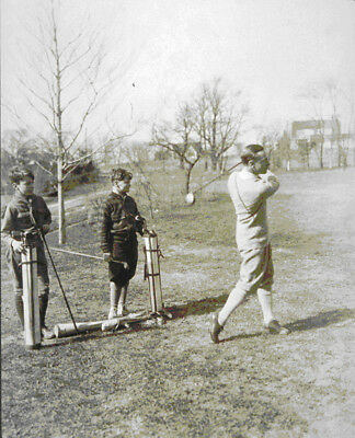 PHOTO: PORTRAIT OF ACTOR ERNEST TRUEX PLAYING GOLF W/ HIS SONS 1926 TARBOX BEALS