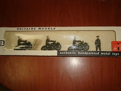 Britains Royal Corps of Signals dispatch riders postwar  Set 9153 in window box