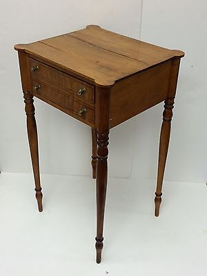 New England Late Federal Maple and Satinwood Table