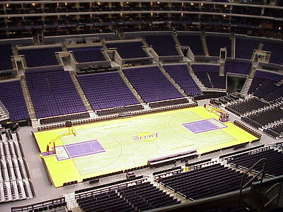 2 TICKETS - NEW ORLEANS PELICANS AT LA LAKERS  4/1/15