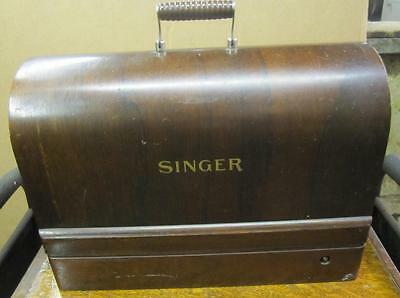 VINTAGE 1926 SINGER SEWING MACHINE BENTWOOD CASE  WITH CONTROLLER