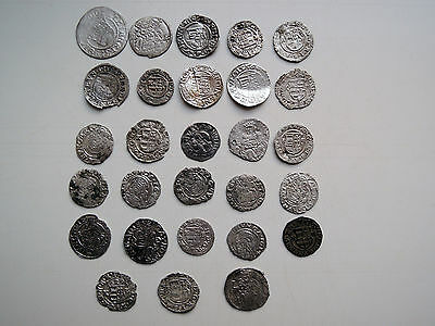 Lot of 28 silver medieval coins.