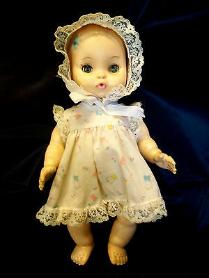 """10"""" ALL JOINTED DOLL DRINKS & WETS EYES MOVE LACE TRIM DRESS VINTAGE COLLECTIBLE"""