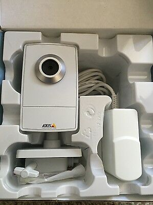 Axis M1011-W US 0301-004-03 Color Network IP Wireless Security Camera Axis M1011