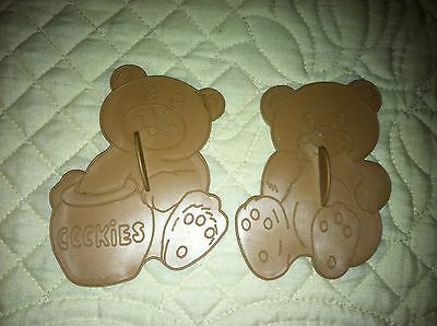 1990 WILTON CUDDLY TEDDY BEARS Cookie Cutters Lot of 2