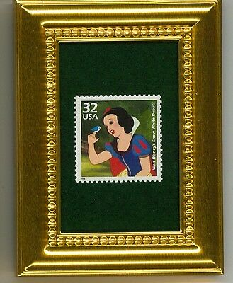 SNOW WHITE DEBUTS WALT DISNEY A GLASS FRAMED COLLECTIBLE POSTAGE MASTERPIECE