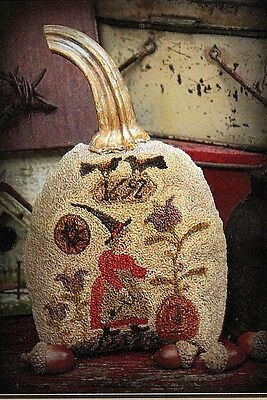 """Punchneedle Pattern by Brenda Gervais (With Thy Needle)  """"Pumpkin Keeper"""""""