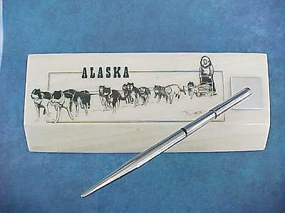 1979 ALASKA MINT Ball Point Ink Pen Desk Set Etched Crystalline Cultured Marble