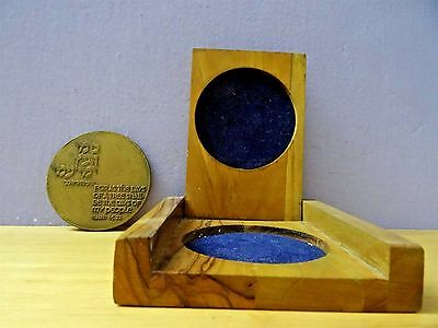 israel government coins & medals corporation Honor the Elders - Bronze Medal box