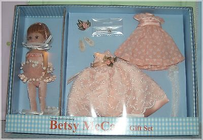 "Tonner 8"" Tiny Betsy McCall ~ ""Just Peachy"" Gift Set ~ 2002 ~ NRFB"