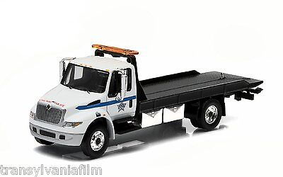 Greenlight Chicago Police 2013 International Durastar 4400 Flatbed 1/64 33010B
