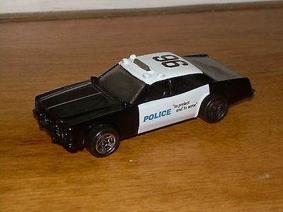 HOT WHEELS POLICE DIE CAST CAR 1/64 COP BLACK AND WHITE