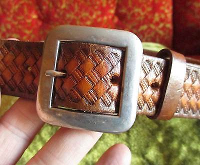 SMALL 28-30 True Vintage 70s Thick Leather TOOLED LEATHER Hippie Belt Brown