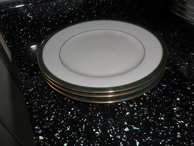 Boots Hanover Green Side Plates X 3