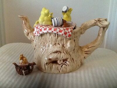 RARE FULL SIZE PAUL CARDEW TEDDY BEARS PICNIC TEAPOT (PERFECT CONDITION!)