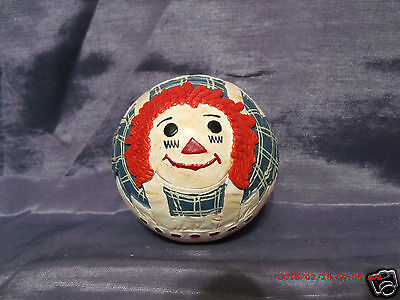 1991 BRIERE Folk Art Pull Toy Raggedy Ann ( BALL ONLY ) Nice Condition