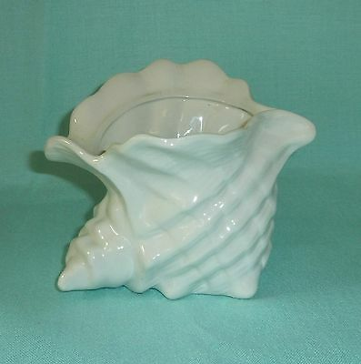 BEAUTIFUL VINTAGE CONCH SHELL SHAPED CERAMIC PLANTER