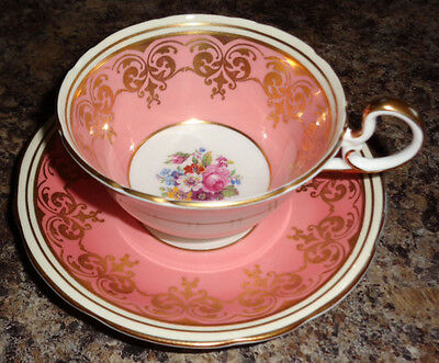 AYNSLEY STUNNING VINTAGE FINE BONE CHINA TEA CUP AND SAUCER