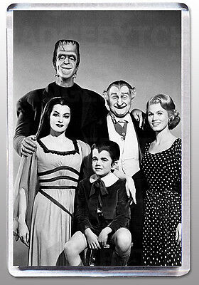 THE MUNSTERS LARGE FRIDGE MAGNET Style 'C' - CLASSIC RETRO COOL!
