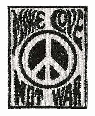 Patch écusson patche Make Love not War thermocollant Paix brodé