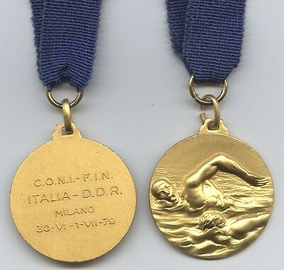 Orig.Gold medal    Swimming Contest 1979    ITALY - EAST GERMANY  !!   VERY RARE
