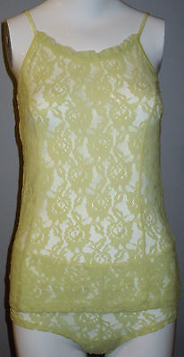 New La Vie en Rose Size M Light Yellow Lace Camisole and Panty Set