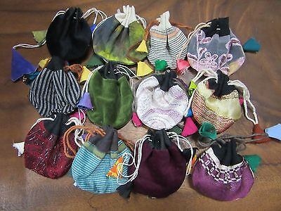 x 1 Random Handmade Recycled Fabric Nepalese Small Thaily Bag Pouch